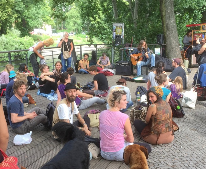 This image has an empty alt attribute; its file name is summer-fest-berlin.jpg